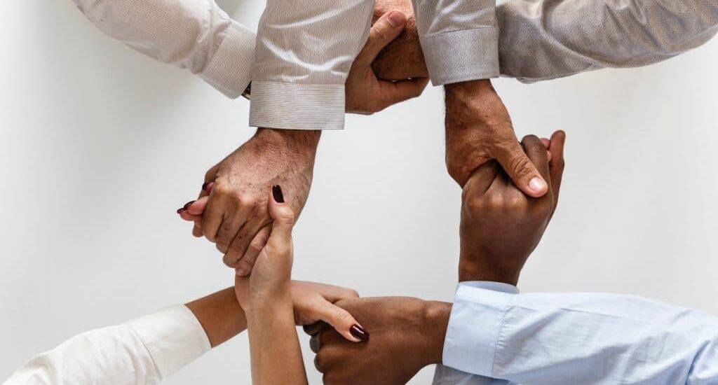 Handsfree-team-management-1024x619